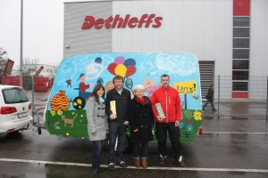 Dethleffs Family Stiftung repariert Spielmobil des Kinderschutzbundes. © spothits/dethleffs