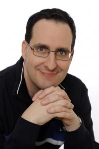 Karim Pieritz, Selfpublisher, Verleger und Autor der Kinderbuchreihe »Leuchtturm der Abenteuer«. © spothits