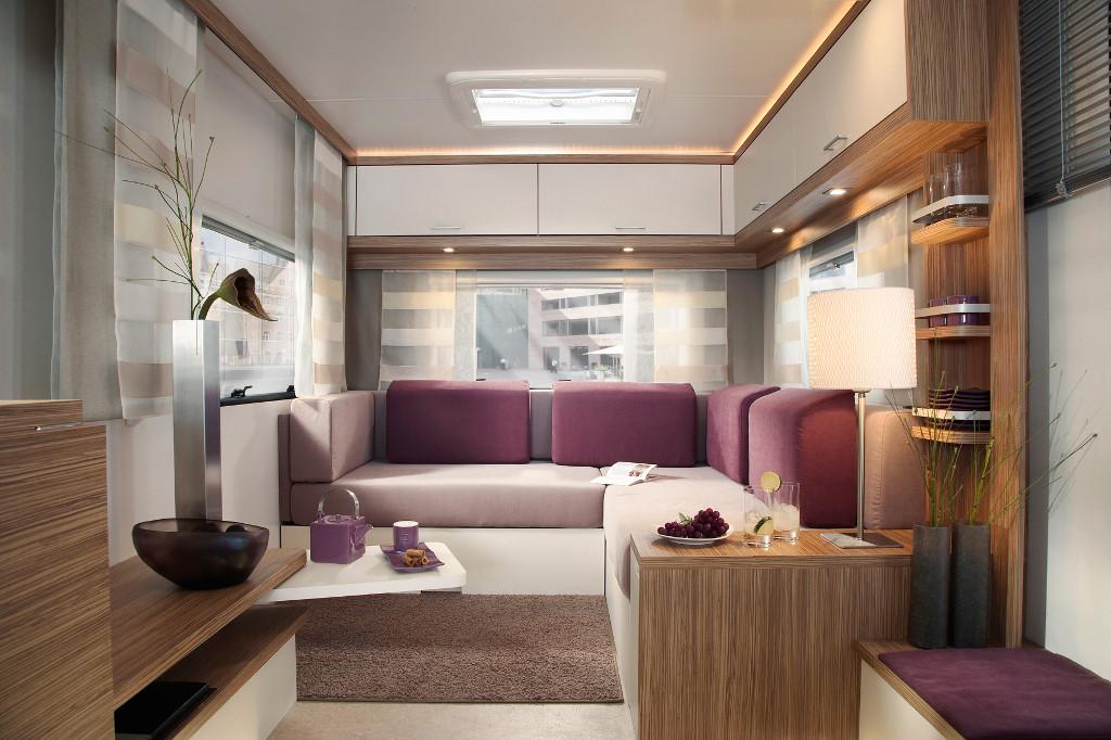 CMT Stuttgart 2014: Knaus zeigt Caravan Lifestyle, Reisemobil Sky i Plus, Kastenwagen Road You&Me und Solution Relax, Caravan Sport. © spothits/Knaus