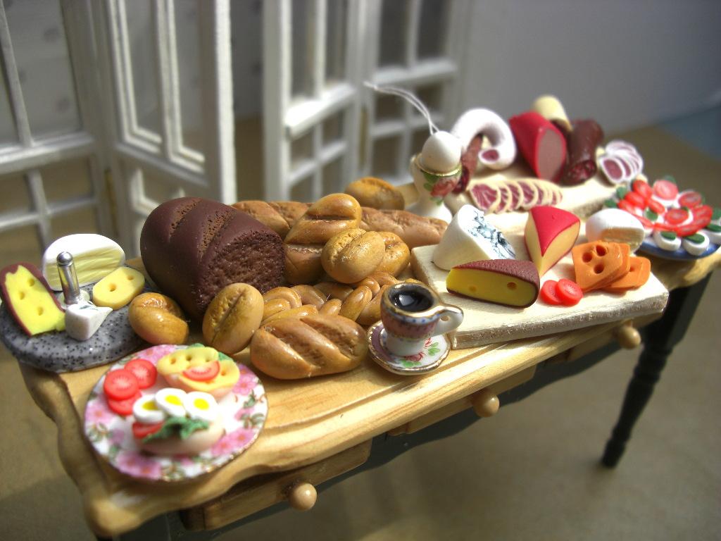 riniaturdesign: Manufaktur-Anmutung »en miniature« für Puppenhaus und -stube. © spothits/riniaturdesign