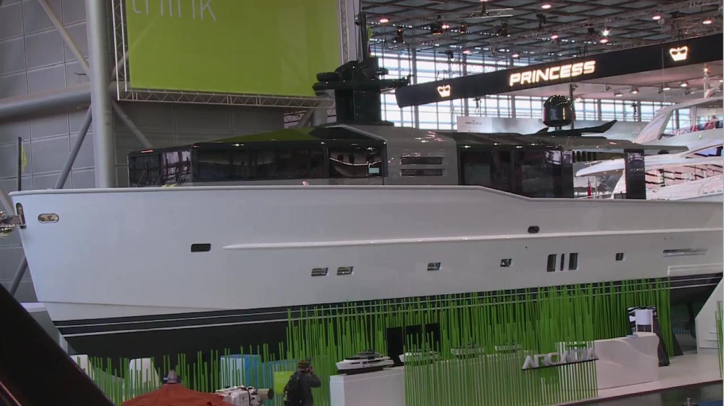Träumen erlaubt! Luxus auf der boot 2014. © spotihts/mhoch4tv