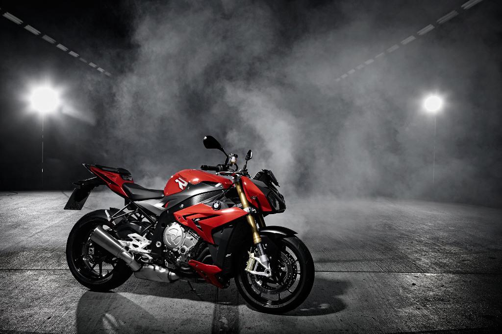 Motorräder Dortmund: BMW präsentiert Roadster, Klassiker, Enduros, Naked-Bikes und Sportler. © spothits/BMW