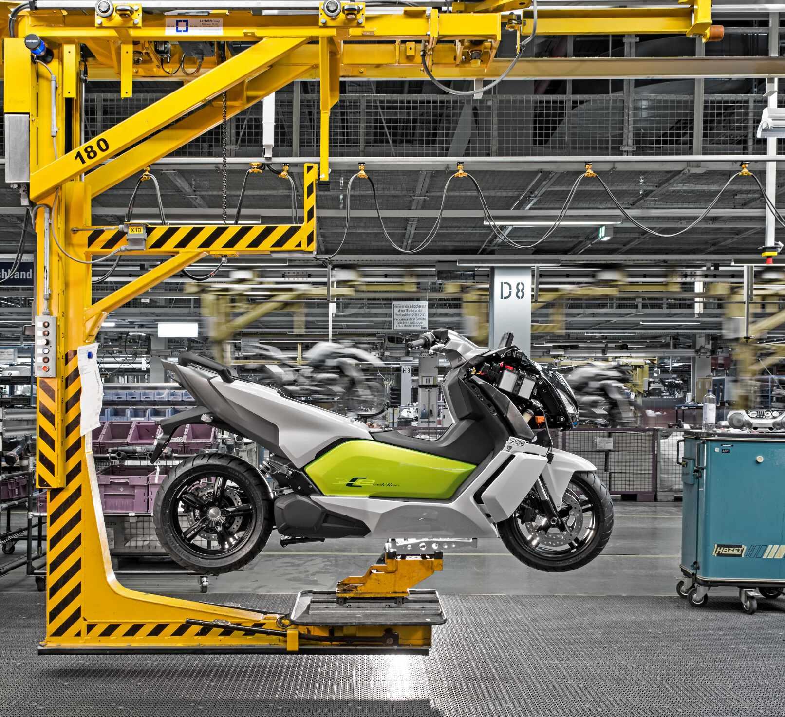 BMW-Motorrad: Serienstart für den Elektroroller BMW C evolution. © spothits/BMW