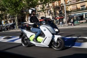 BMW-Motorrad verkauft Motorräder und Scooter wie nie zuvor. © spothits/BMW