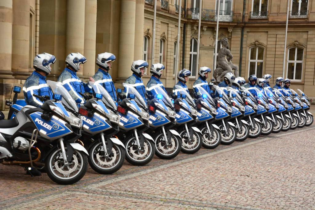 BMW-Motorrad liefert 44 BMW R 1200 RT an Polizei Baden-Württemberg. © spothits/BMW