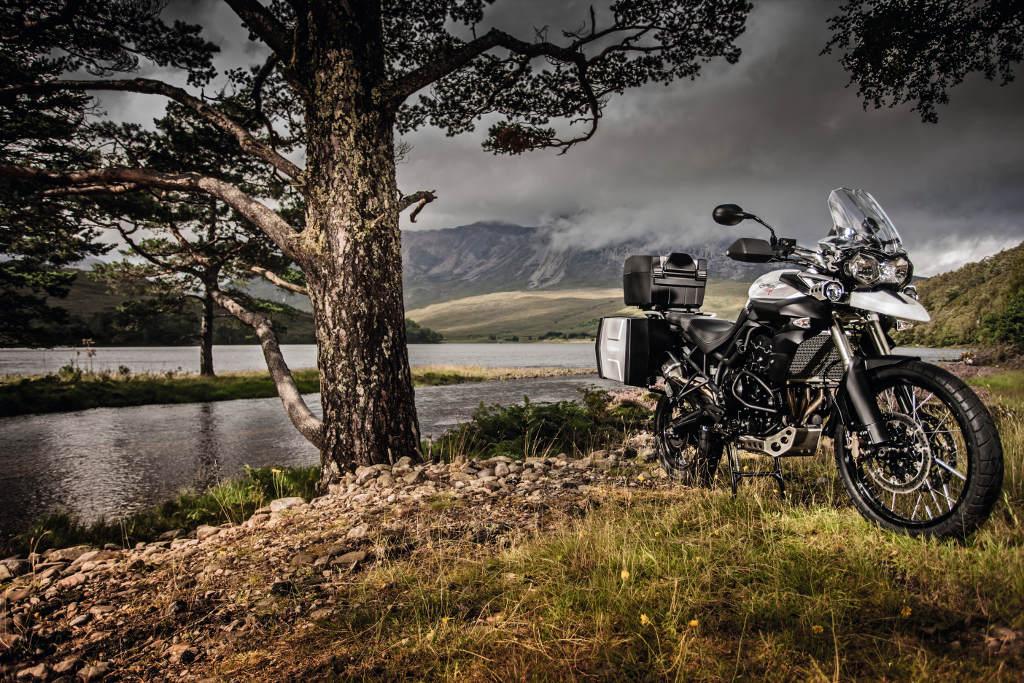 Triumph kooperiert mit Motorrad-Reiseveranstalter Edelweiss Bike und Travel. © spothits/Triumph
