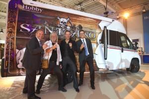 Santiano tourt mit zwei Hobby-Reisemobilen zu Konzerten. © spothits/Hobby