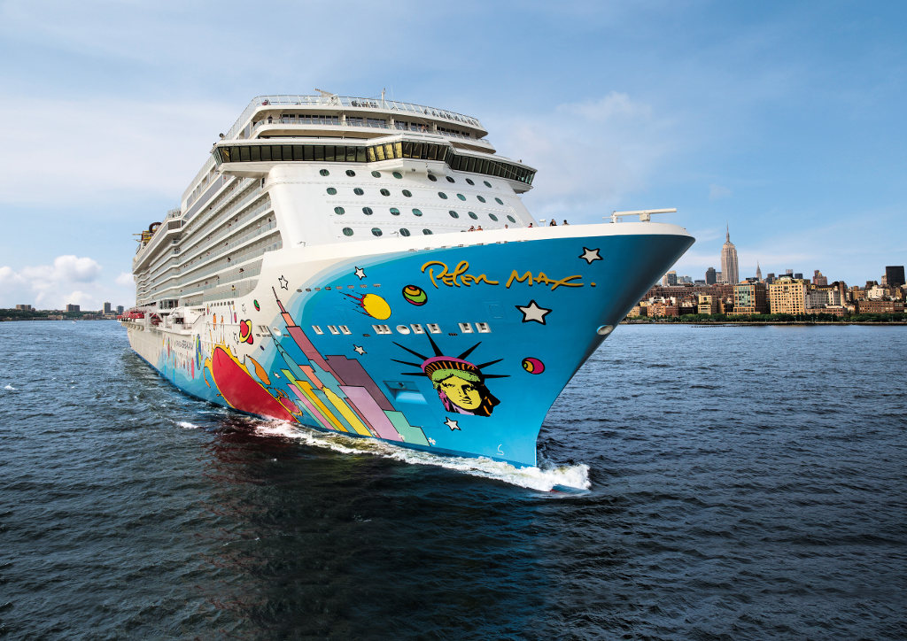 Norwegian Breakaway. © spothits/Norwegian Cruise Line