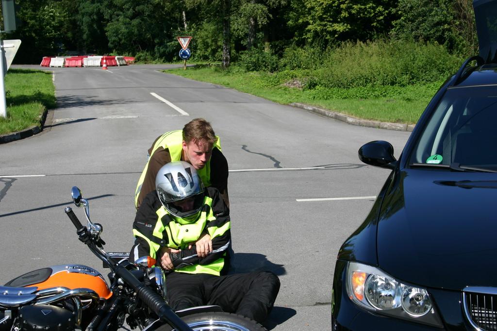 sph/ampnet/Institut für Zweiradsicherheit