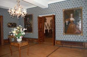 Vorgemach, Gemälde Auguste die Starke und Eberhardine. © spothits/SV Delitzsch