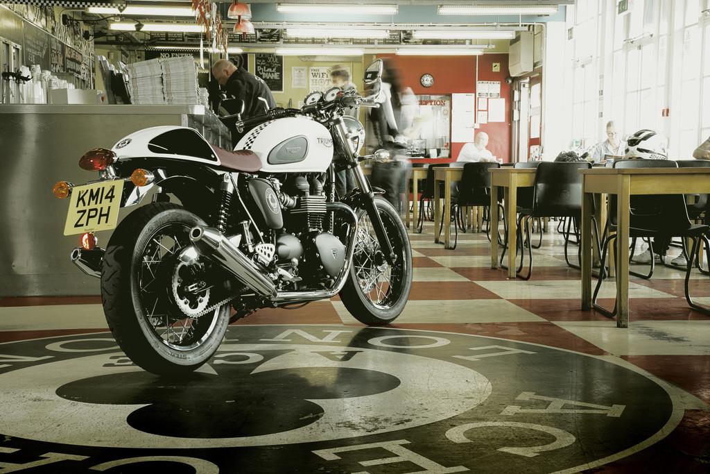 Triumph Thruxton: Special Edition verneigt sich vor Ace Café. © spothits/Auto-Medienportal.Net/Triumph