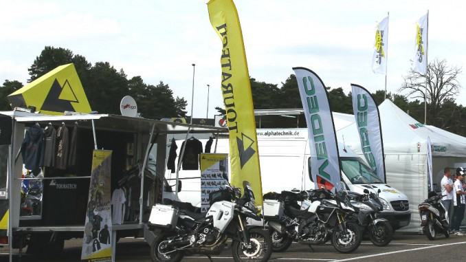 Touratech ist Partner der Superbike IDM 2015. © spothits/Touratech