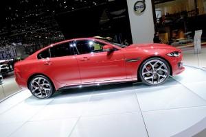 Jaguar schnürt für den XE ein Drei-Jahres-Paket. © spothits/Auto-Medienportal.Net/Manfred Zimmermann