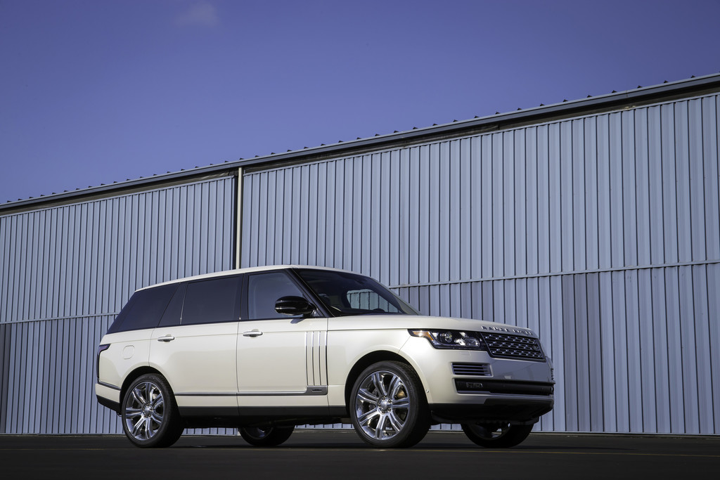 Zwei Jahrzehnte Range Rover Autobiography.© spothits/Auto-Medienportal.Net/Land Rover