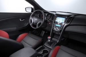 Hyundai i30 Turbo startet bei 23 150 Euro.© spothits/ Auto-Medienportal.Net/HyundaiHyundai i30 Turbo startet bei 23 150 Euro.© spothits/ Auto-Medienportal.Net/Hyundai