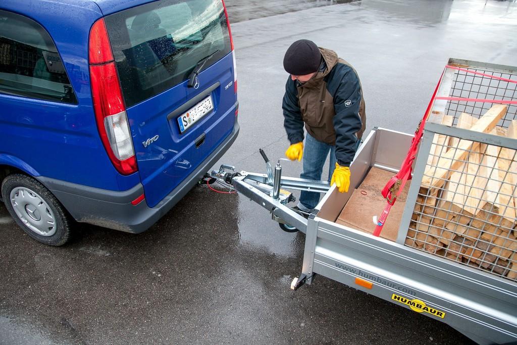 Fahren mit Anhänger. © spothits/Auto-Medienportal.Net/Dekra
