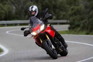 Motorräder kommen in Schwung. © spothits/Auto-Medienportal.Net/Aprilia