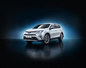 New York 2015: Toyota enthüllt RAV4 Hybrid. © spothits/Auto-Medienportal.Net/Toyota
