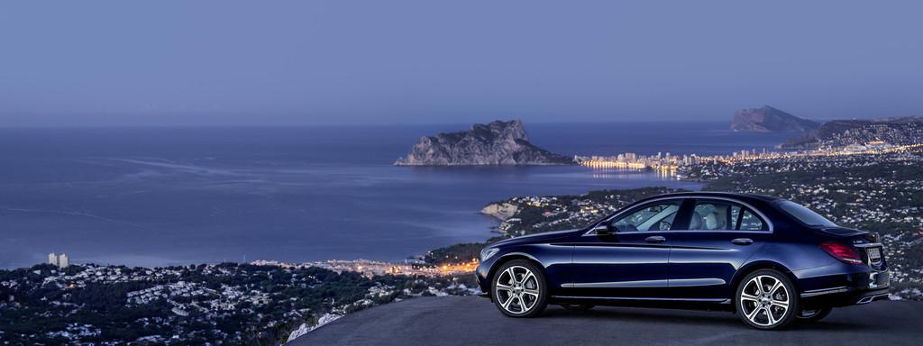 Neuer Einstieg in die Mercedes-Benz C-Klasse. © spothits/Auto-Medienportal.Net/Daimler