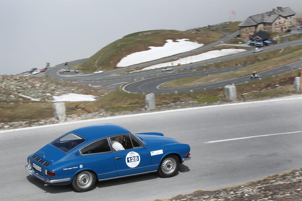 """Oldtimer-Saison 2015: """"Eventchecker"""" rollen für Volkswagen an den Start. © spothits/Auto-Medienportal.Net/Volkswagen"""