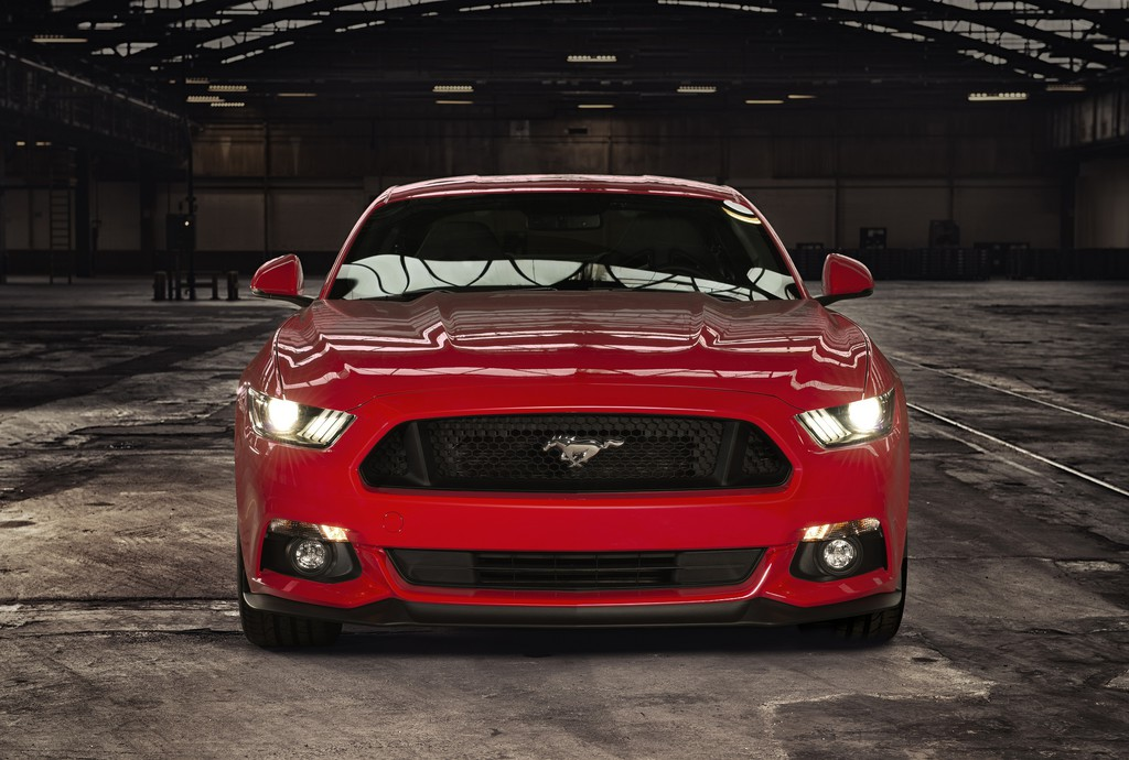 Ford Mustang spurtet in 4,8 Sekunden auf 100 km/h. © spothits/Auto-Medienportal.Net/Ford