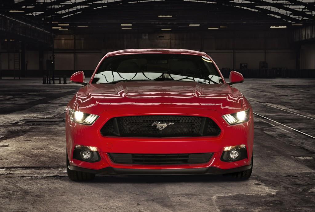 Ford Mustang spurtet in 4,8 Sekunden auf 100 km/h. © spothits/Auto-Medienportal.Net/Ford