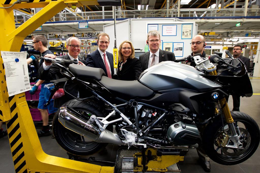 BMW investiert über 100 Millionen Euro in sein Motorradwerk. © spothits/Auto-Medienportal.Net/BMW