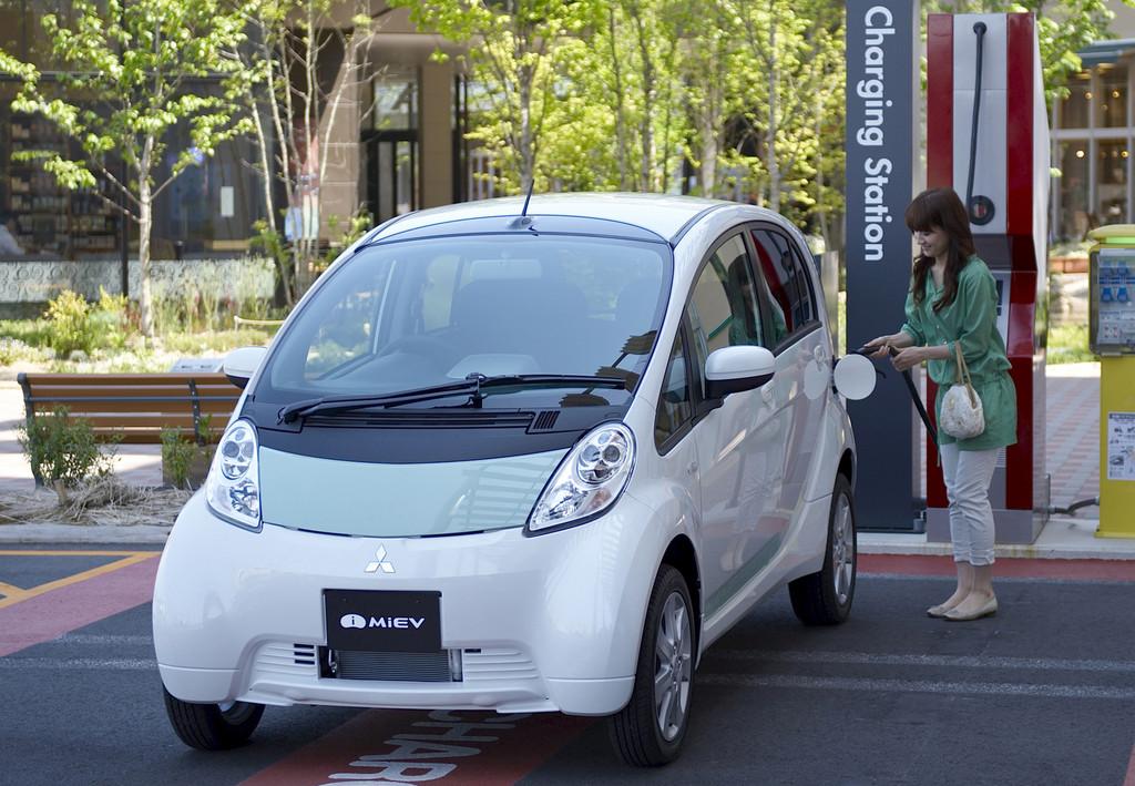 Erste große Studie zu Nutzern von Elektroautos. © spothits/Auto-Medienportal.Net/Mitsubishi