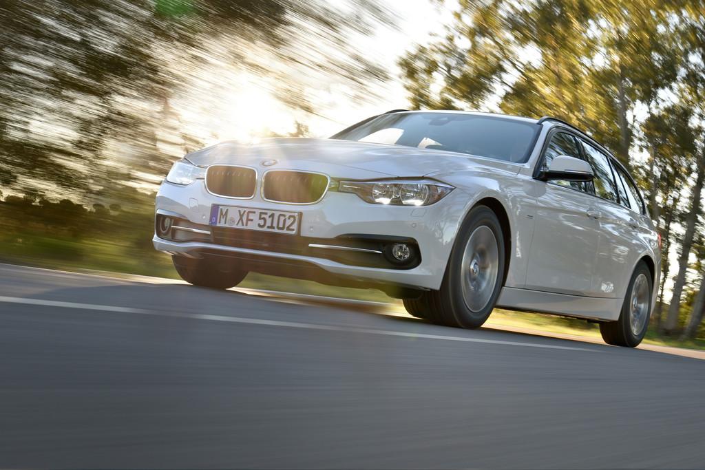 BMW 3er startet zur sechsten Runde. © spothits/Auto-Medienportal.Net/BMW