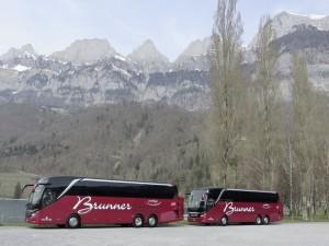 Weitere Setra Top-Class-Busse für Brunner Ferienreisen. © spothits/Auto-Medienportal.Net/Daimler