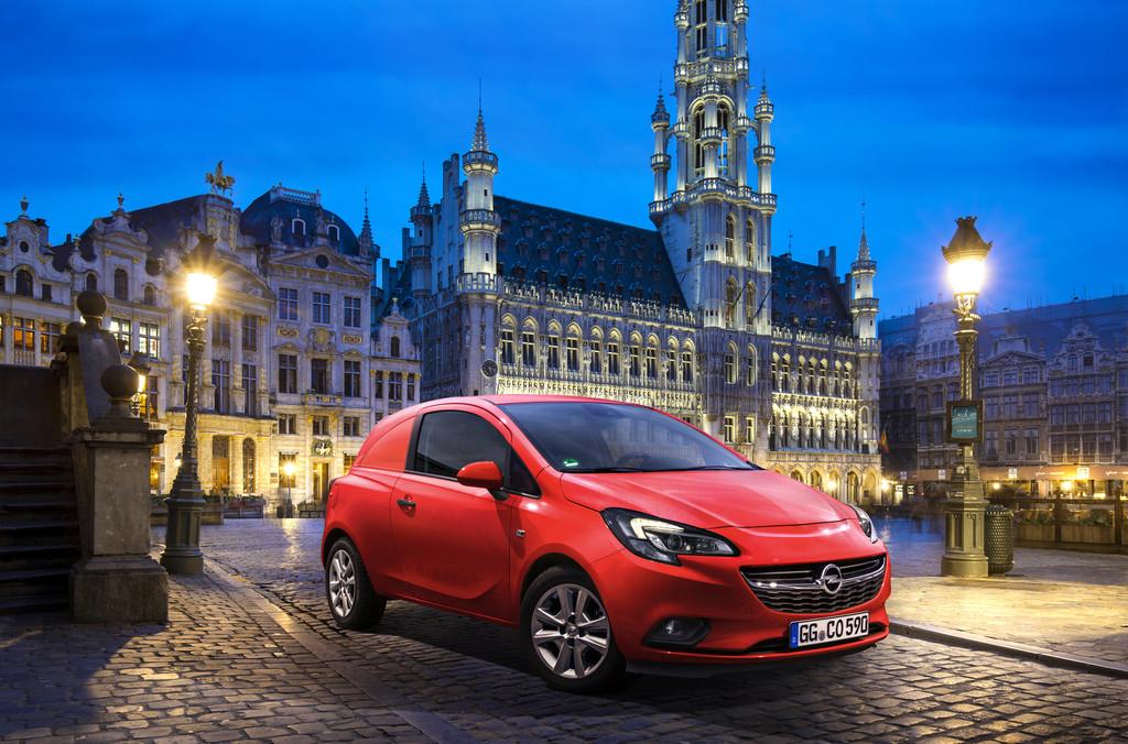 Stadt-Lieferwagen mit Blitz: Opel Corsavan. © spothits/Auto-Medienportal.Net/Opel