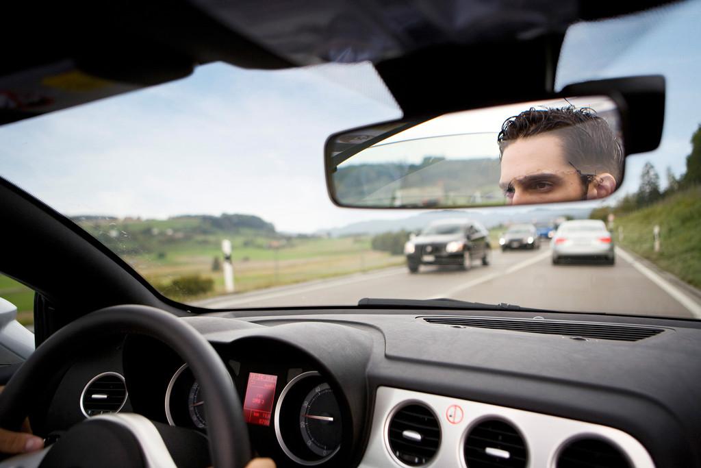 Die Hälfte der Autofahrer steht regelmäßig im Stau. © spothits/Auto-Medienportal.Net/Lease Plan