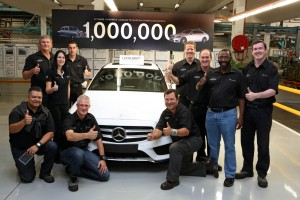 Eine Million Mercedes-Benz aus East London . © spothits/Auto-Medienportal.Net/Daimler