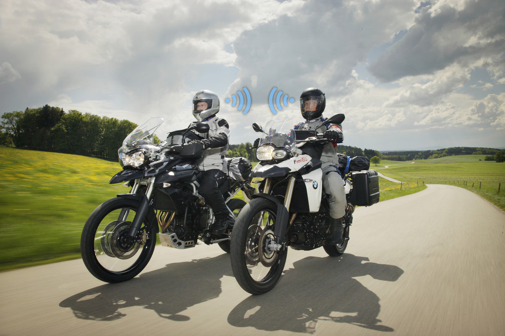Ratgeber: Kommunikation unterm Motorradhelm. © spothits/Auto-Medienportal.Net/ADAC/Jan Greune