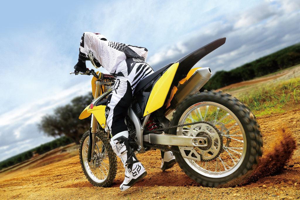 Suzuki RM-Z250. © spothits/Suzuki