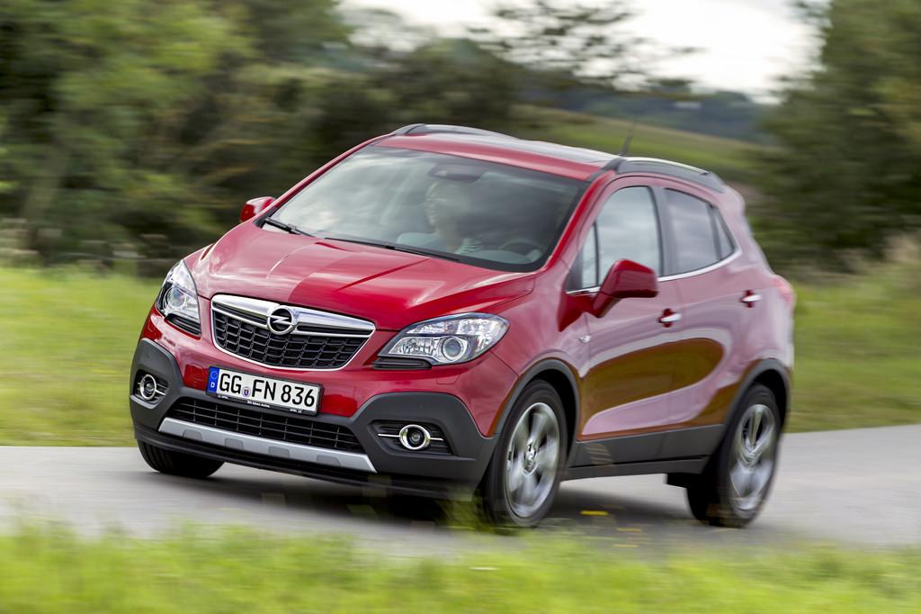 Opel Mokka zieht wieder am Ford Kuga vorbei. © spothits/Auto-Medienportal.Net/Opel