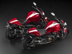 Zwei Monster mit Streifen. © spothits/Auto-Medienportal.Net/Ducati