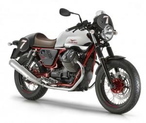Neue Modelle von Moto Guzzi beim Händler. © spothits/Auto-Medienportal.Net/Moto Guzzi