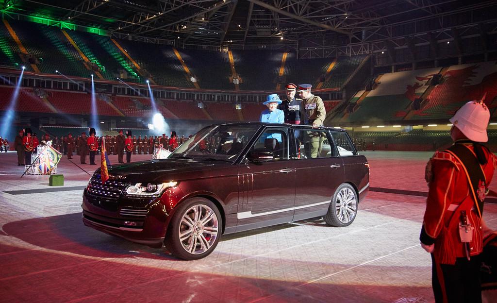 Neues Paradefahrzeug für die Queen. © spothits/Auto-Medienportal.Net/Land Rover