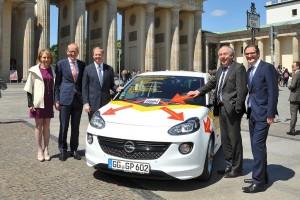 Opel Adam als TTIP-Botschafter. © spothits/Auto-Medienportal.Net/Opel