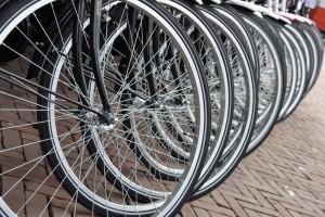 Für Radfahrer gelten oft die gleichen Vorschriften wie für Autofahrer. © spothits/Auto-Medienportal.Net/Auto Club Europa