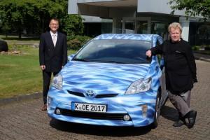 Im Prius von Paris nach Peking. © spothits/Auto-Medienportal.Net/Toyota