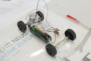 Lehrer-Unterrichtsmaterial von Daimler-Genius. © spothits/Auto-Medienportal.Net/Daimler
