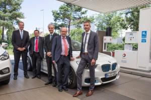 Erste Wasserstofftankstelle mit zwei Betankungssystemen. © spothits/Auto-Medienportal.Net/BMW