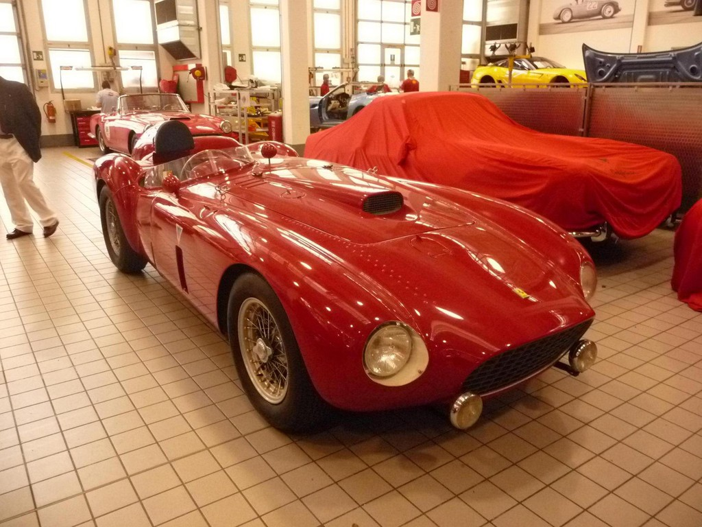 Gezerre um einen Ferrari 375 Plus nähert sich dem Ende. © spothits/Auto-Medienportal.Net/Bonhams