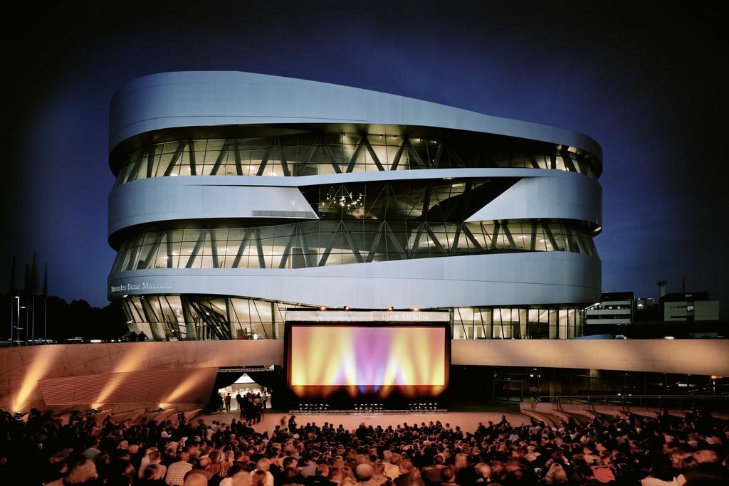 Vorverkauf für Open-Air-Kino am Mercedes-Benz-Museum startet. © spothits/Auto-Medienportal.Net/Daimler