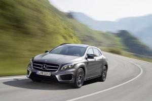 ADAC übernimmt 76 Mercedes-Benz GLA für Fahrsicherheits-Trainings . © spothits/Auto-Medienportal.Net/Daimler