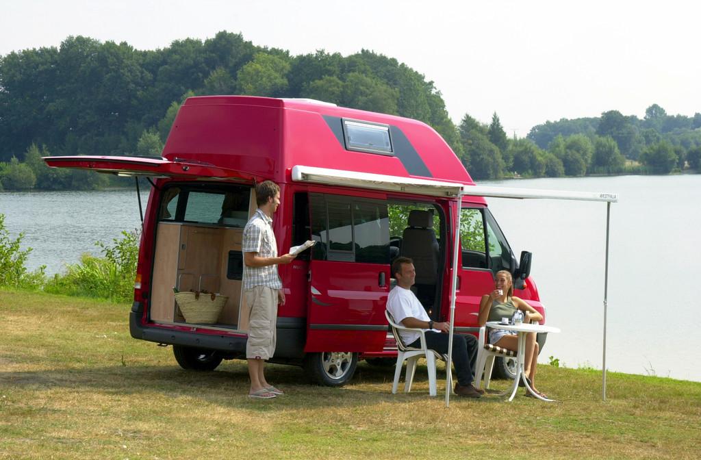 Der Ford-Transit als Freizeitmobil: 60 Jahre Konkurrent. © spothits/Auto-Medienportal.Net/Ford