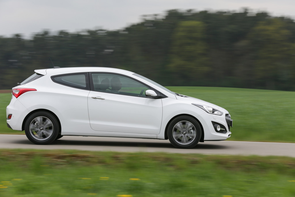 Hyundai unterstützt Ausbildung angehender Kfz-Mechatroniker. © spothits/Auto-Medienportal.Net/Hyundai