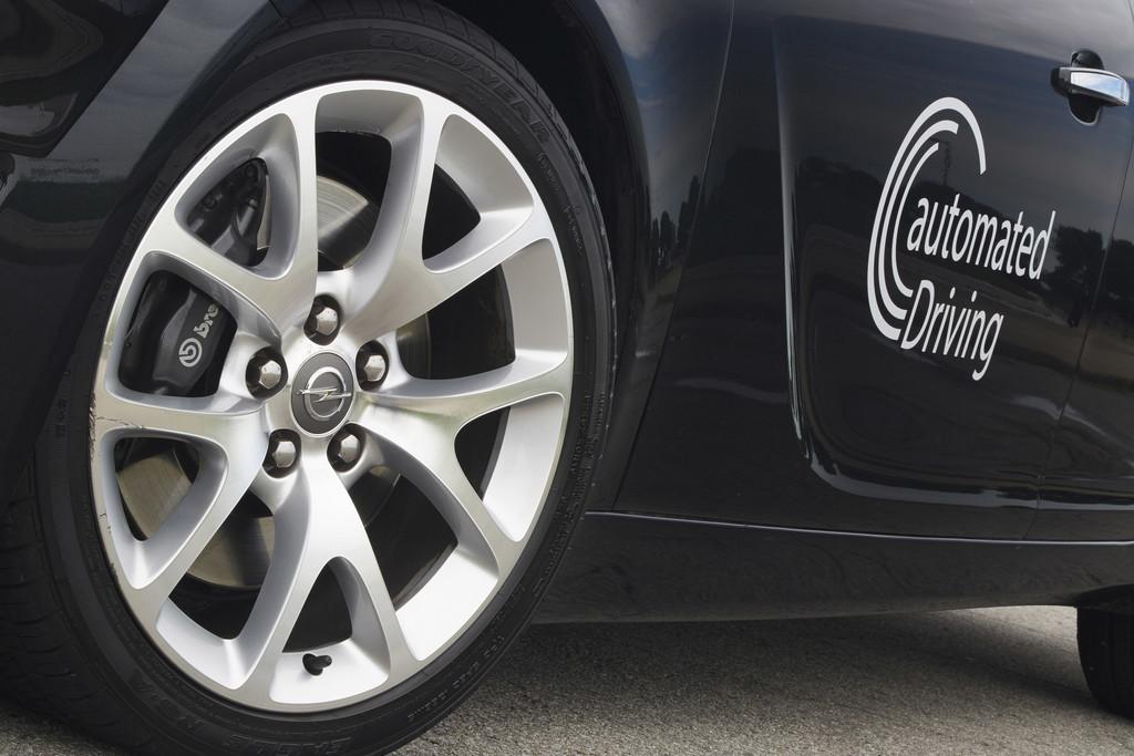 Opel unterstützt Forschungsprojekt zum automatisierten Fahrens. © spothits/Auto-Medienportal.Net/Opel